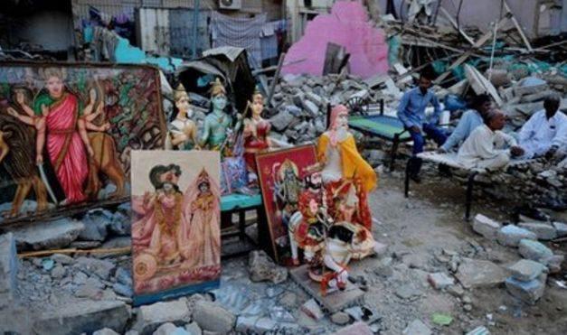 Hindu Temples and Schools Vandalised in Pakistan by Blasphemy Protestors. Muslim Community Extends Support.