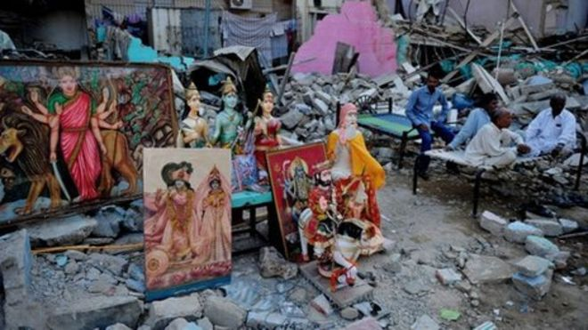 Hindu Temples and Schools Vandalised in Pakistan by Blasphemy Protestors. Muslim Community Extends Support.