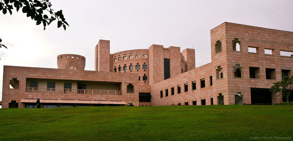 8 Best Alternative Colleges for IIM Dreamers. CAT Aspirants Must Read This.