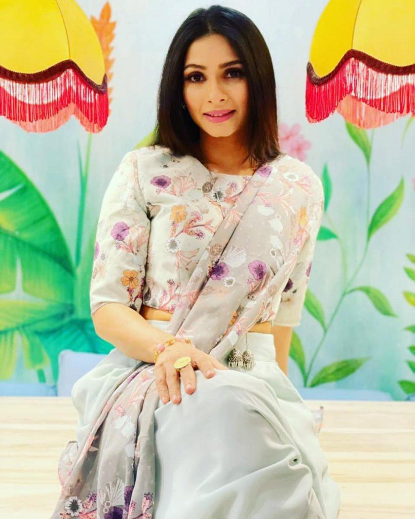 Actress-Tanishaa-Mukerji