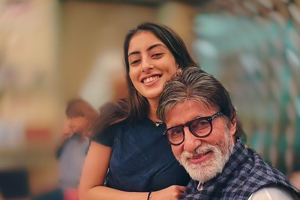 """Amitabh Bachchan is """"the coolest,"""" according to his granddaughter Navya Naveli Nanda! Know Why"""