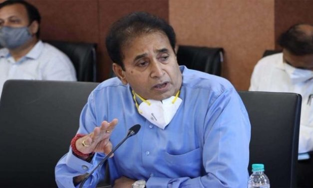 Bombay HC allows CBI to conduct probe into corruption allegations against Anil Deshmukh