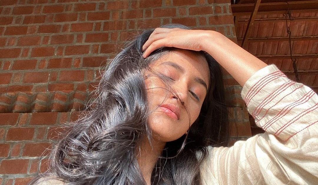 The Family Man Actress Ashlesha Thakur aka Dhriti Reveals that she gets lot of 'Rishtas' in her DMs