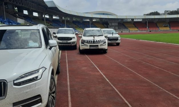 Sharad Pawar, Former Indian Olympic President, Receives Flak for Using Athletics Track as 'Parking Spot'
