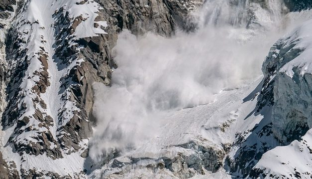 Glacier breaks at Uttarakhand – Avalanche kills 8; 384 people rescued by Indian Army