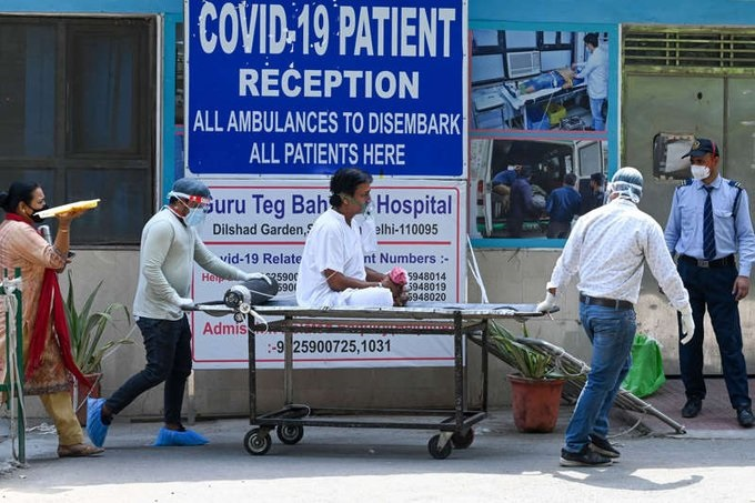 Panic amid COVID-19 survivors as 8 COVID-19 survivors are infected with Black Fungus and lose eyesight