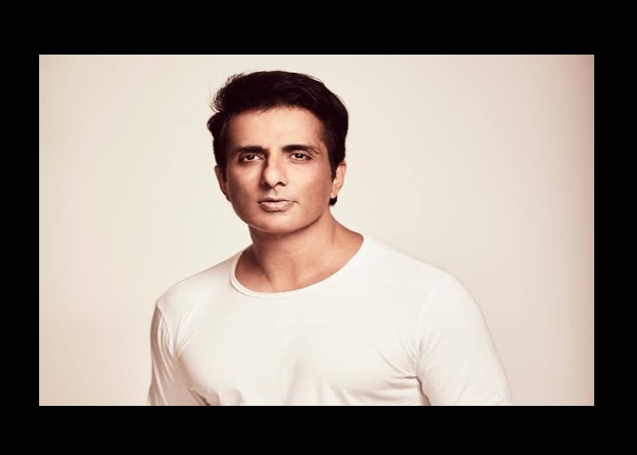 COVID-19 Warrior Sonu Sood saves lives of 22 COVID-19 patients by arranging oxygen cylinders
