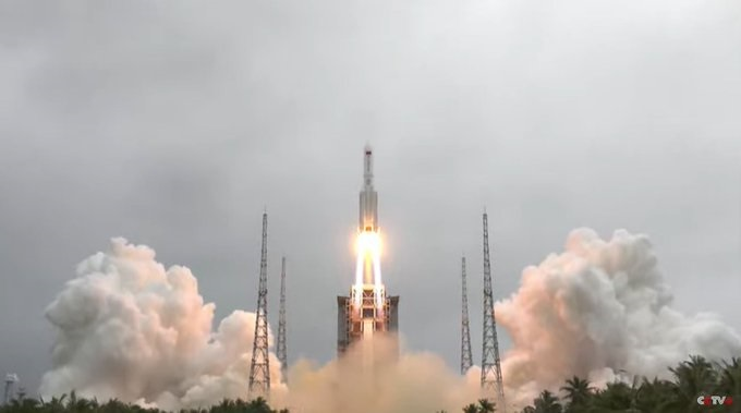 Chinese rocket Long March 5B falling uncontrollably towards Earth; Scientists uncertain on crash site