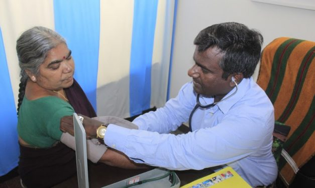 COVID-19 Champion: Hyderabad Doctor Treats Over 20,000 COVID-19 Patients for just Rs 10