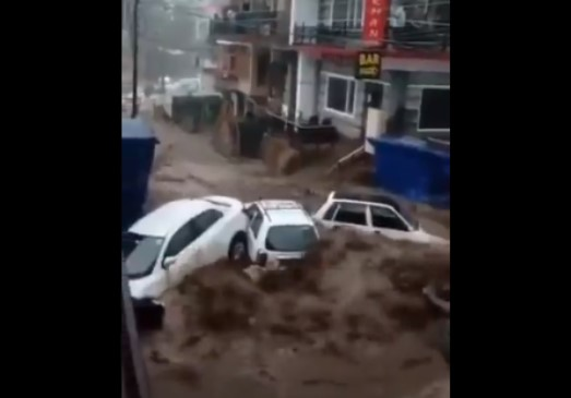 Himachal Cloudburst Horror: Video Footages Shows Havoc Wreaked by Flashflood
