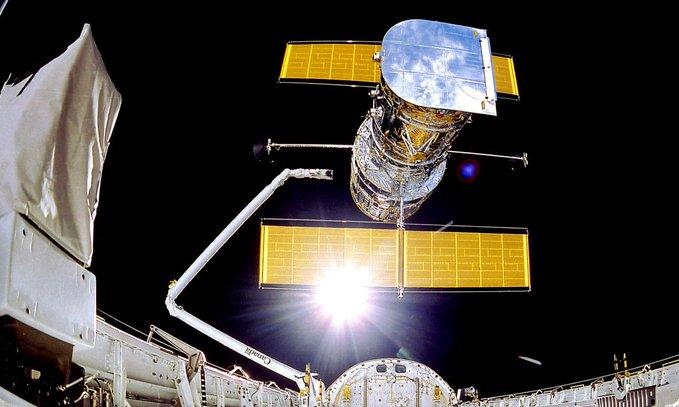 Finally! NASA Fixes Hubble Telescope Remotely After Month of No Viewing