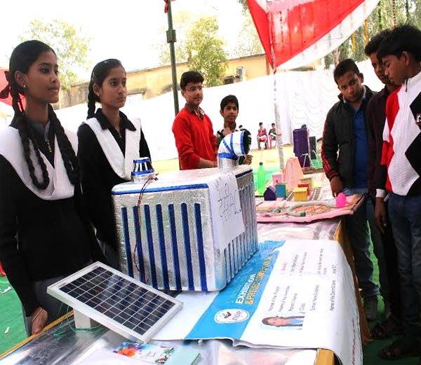 16-Year-Old Jhansi Girl Creates Eco-Friendly AC Price Below Rs. 2000