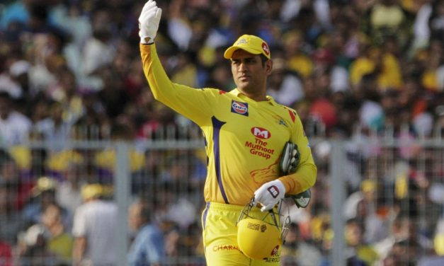 MS Dhoni sweeps in and becomes the first player to bag a sum of ₹150 crore as Salary