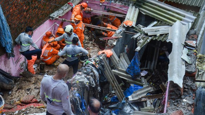 22 Dead, Various Injured in Mumbai's Landslide Due to Heavy Rainfall, PMO and BMC Takes Rapid Action