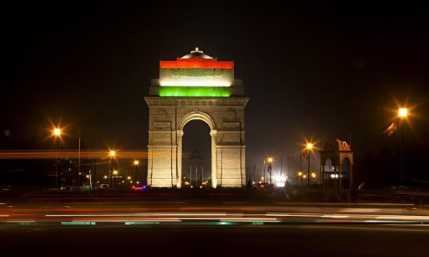 Delhi government imposes a Night curfew from 10 pm to 5 am due to a surge of COVID-19 cases