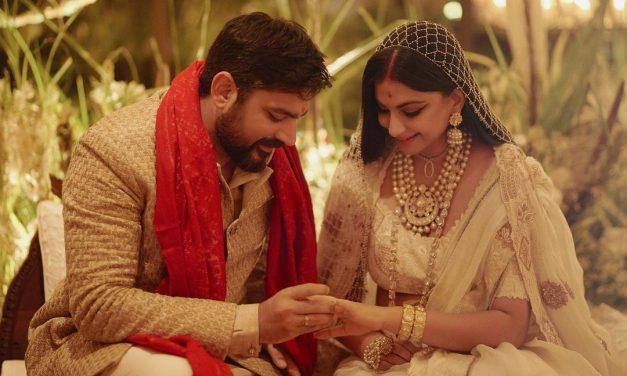 Rhea Kapoor ties knot with boyfriend Karan Boolani: Anil Kapoor seeks blessings from paparazzi