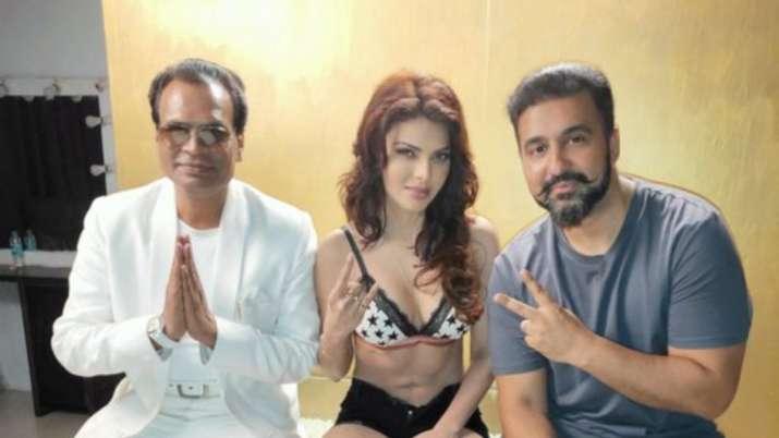 Sherlyn Chopra Shares Picture with Raj Kundra, Netizens Claim its Photoshopped