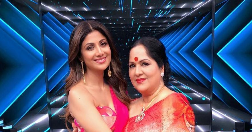Shilpa Shetty Mother Sunanda and Shilpa Shetty Kundra Booked in an Alleged Fraud Case