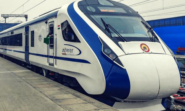 Vande Bharat Express to Start Between Delhi-Katra from Navratri. Best Train Facilities Ever.
