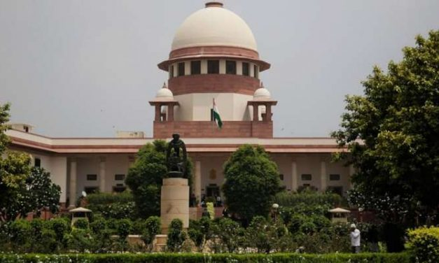 5 Ways Supreme Court Came Down Hard on Centre & Why it Called Vaccination Policy 'Irrational'