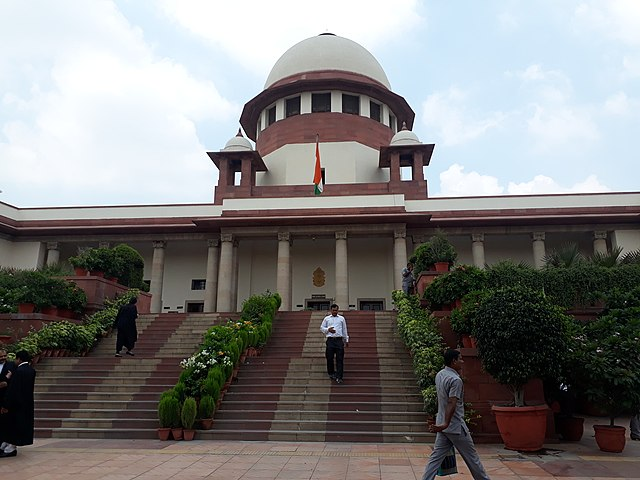 Supreme Court to Election Commission: Media can't be stopped from reporting a hearing
