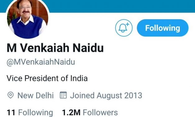 """Twitter Briefly Removes India VP Venkaiah Naidu's """"Blue Tick"""", Restores it after backlash"""