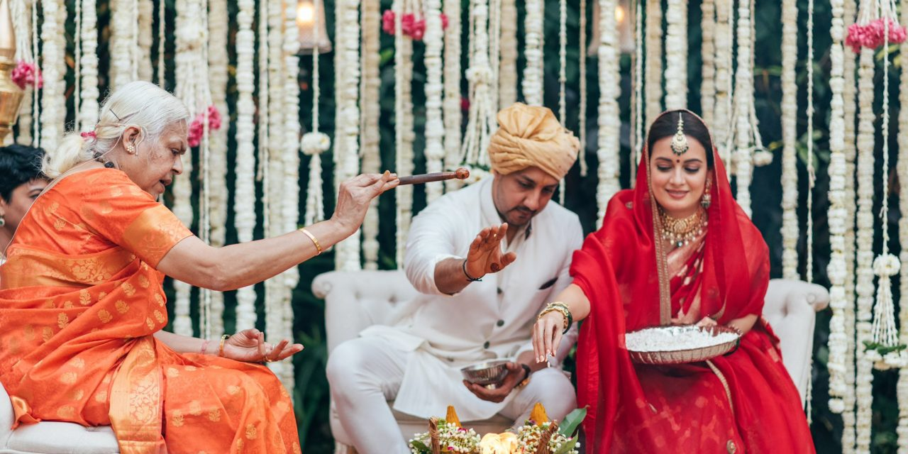 """Dia Mirza and Vaibhav Rekhi gets hitched; """"Love is a full-circle we call home"""": Dia Mirza"""