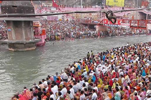 Kumbh at Haridwar a Chaos and Risk: No Masks, No COVID test reports, No preparations