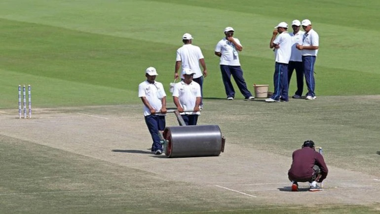India VS England: BCCI relieves Chepauk pitch curator following Kohli's criticism