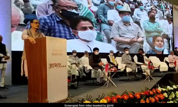"CM Shivraj Singh follows the Pawri trends and says ""This is me, this is my government and the land mafia is running away"""