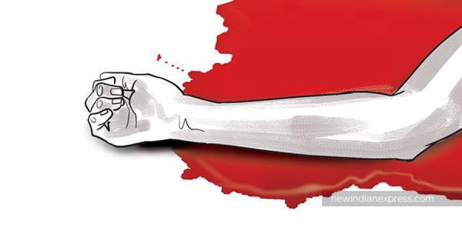 Tamilnadu's Unemployed doctor cut his wife's throat and runs a car over her